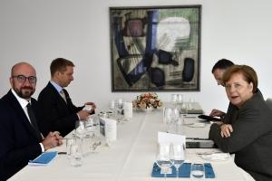 Reise nach Berlin und Treffen mit Bundeskanzlerin Angela Merkel